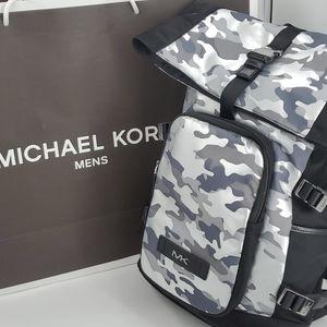 🆕️ Michael Kors Kent Rolltop Backpack Camo